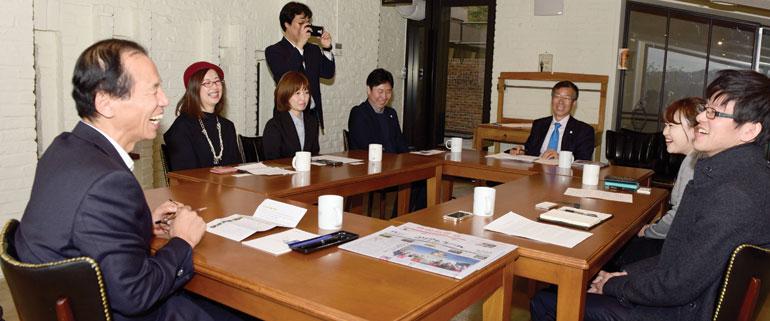 江原道知事座談会