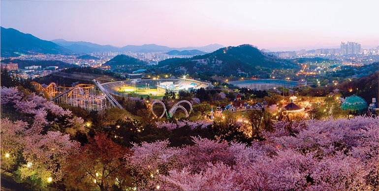 Eワールド桜祭り