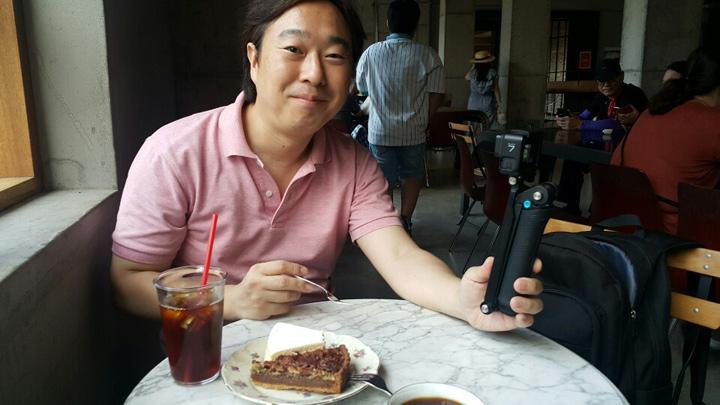 コリアン・フード・コラムニストとして人気の高い八田靖史氏